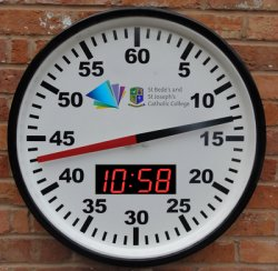 Pace Clock including Digital Time of Day Clock